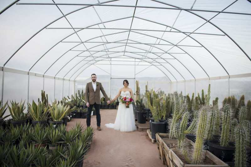 cactus-joes-las-vegas-elopement-packages-1