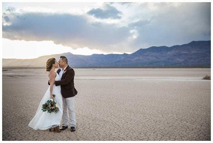 Eldorado-Dry-Lake-Bed-Wedding-Las-Vegas-NV_014