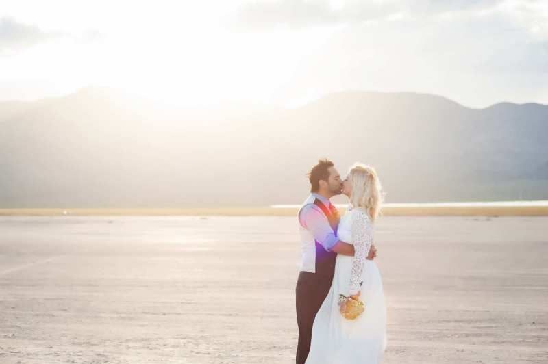 dry-lake-bed-elopement-7374