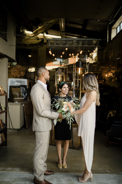 the-barn-vintage-marketplace-wedding