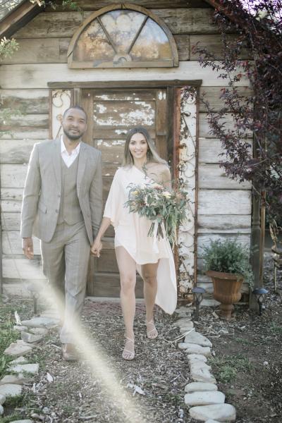 the-barn-vintage-marketplace-wedding_19