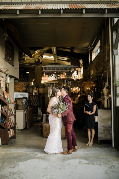 the-barn-vintage-marketplace-wedding_7