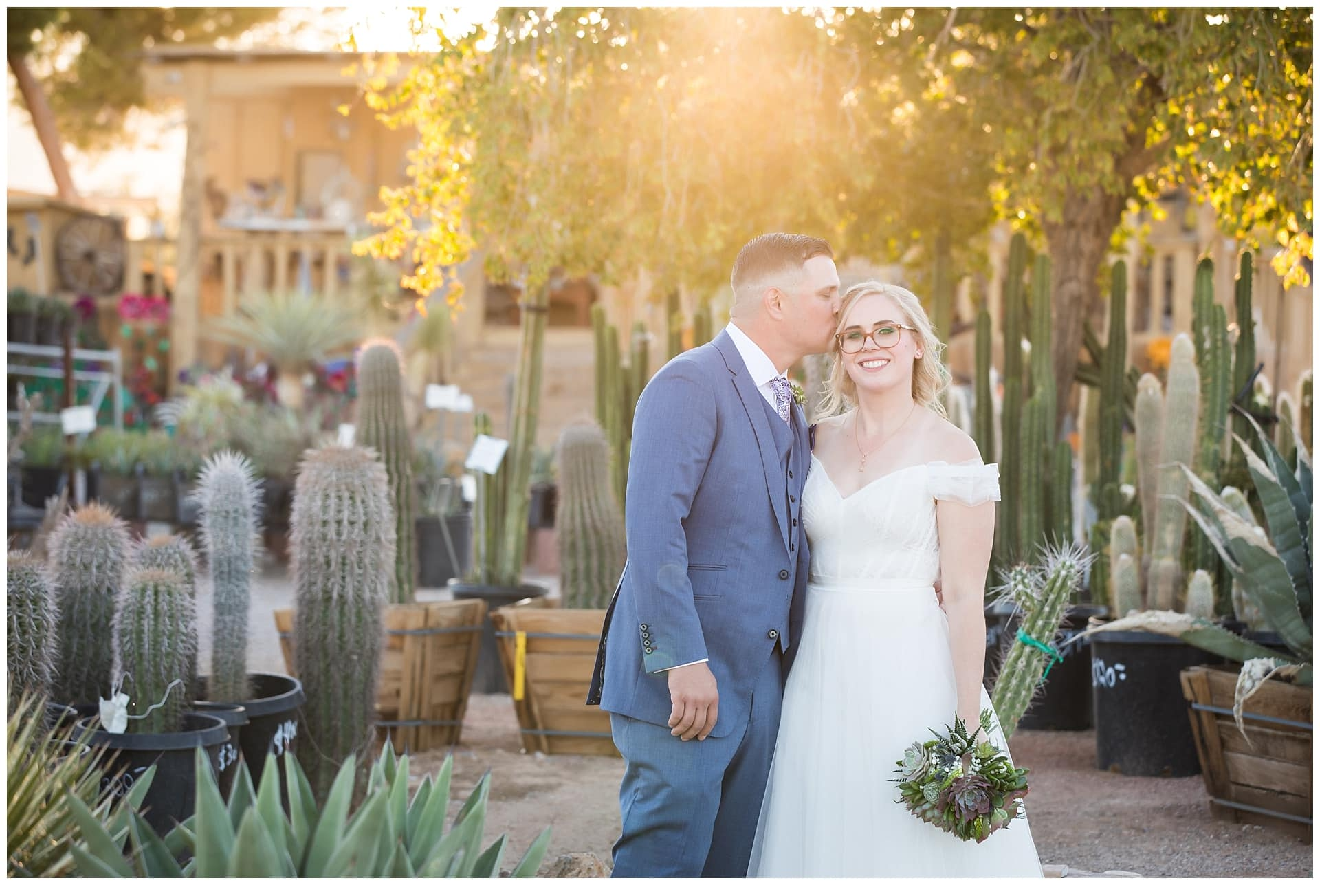 Las Vegas Elopement Packages at Cactus Joe's