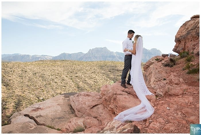 Weddings at Red Rock Canyon, Las Vegas Photographers, Las Vegas Elopement Photographers