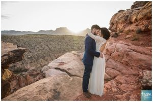 Mountaintop Elopement in Red Rock Canyon.
