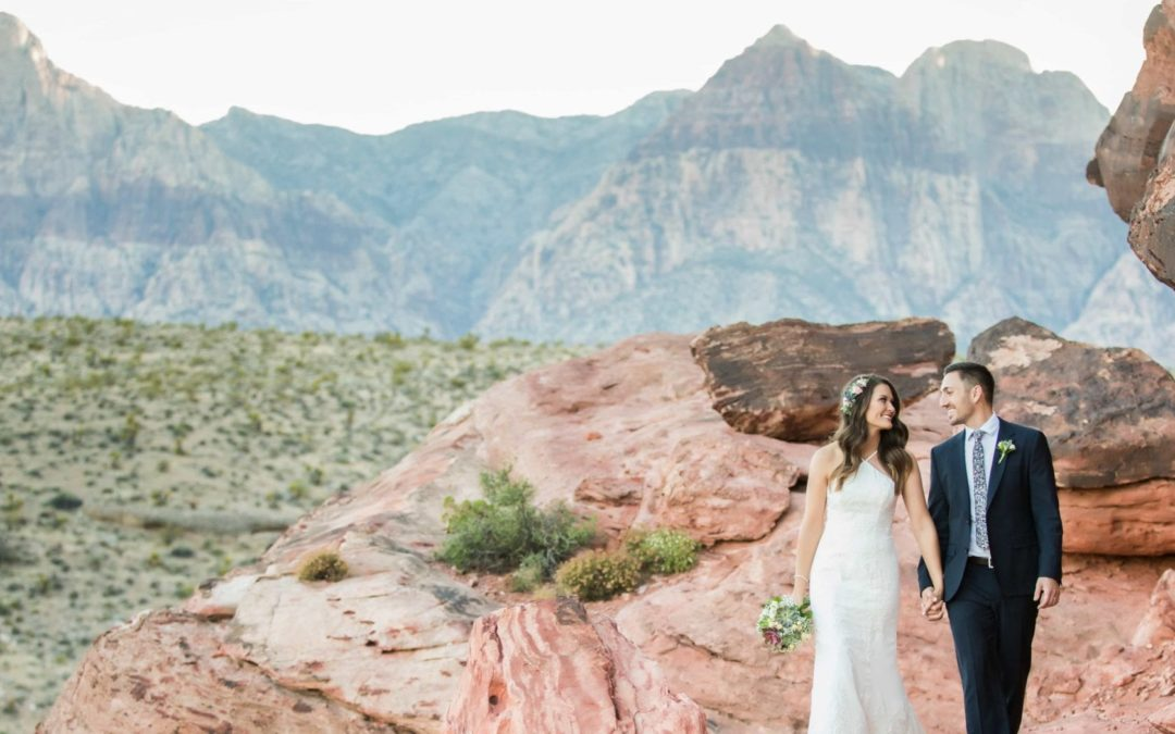 A Guide to Eloping in Vegas