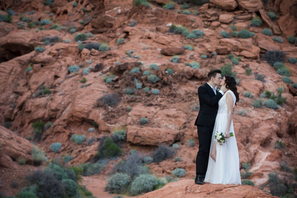 Bride + Groom at Valley of Fire State Park.