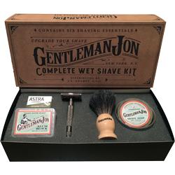 Groomsmen Gifts: Grooming Kit